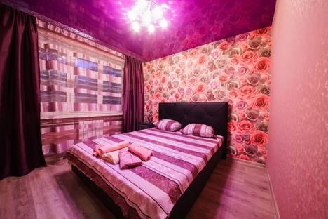 Сдается 3-комнатная квартира посуточно в Саратове, Университетская, 75/77.
