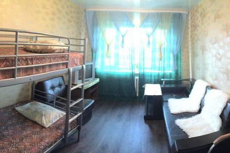 Сдается комната посуточно в Мурманске, улица Папанина, 23 кв 13.