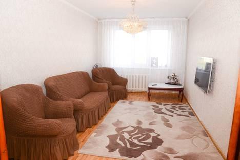 Сдается 3-комнатная квартира посуточно в Павлодаре, Набережная улица, 5.