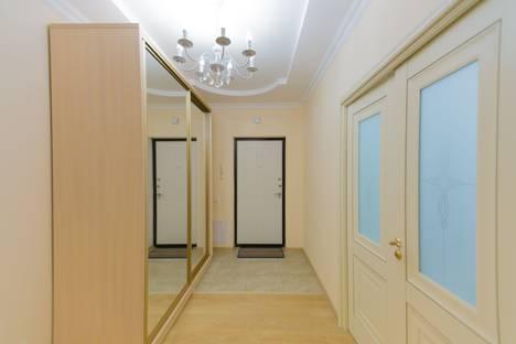 Сдается 4-комнатная квартира посуточно в Астане, улица Сарайшык, 7.