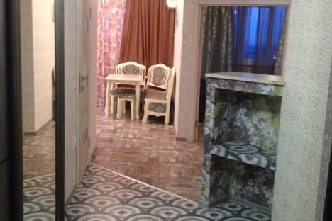 Сдается 1-комнатная квартира посуточно, улица Филатова, 19.