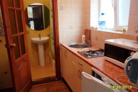 Сдается 1-комнатная квартира посуточно в Евпатории, набережная Валентины Терешковой, 23.