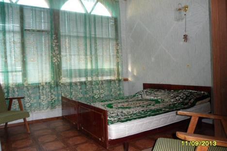 Сдается 3-комнатная квартира посуточно в Евпатории, улица Пушкина, 14.