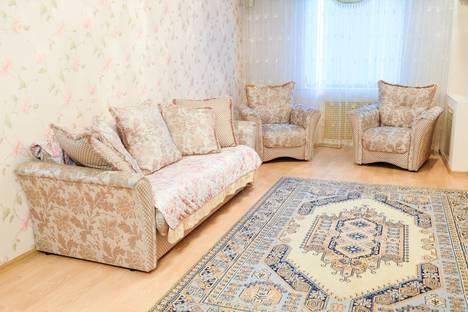 Сдается 3-комнатная квартира посуточно в Актау, 14 микрорайон 20 дом.