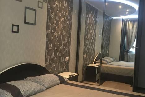 Сдается 3-комнатная квартира посуточно в Ногинске, Молодежная улица, 8а.