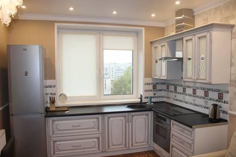 Сдается 1-комнатная квартира посуточно в Архангельске, проспект Ломоносова, 152.
