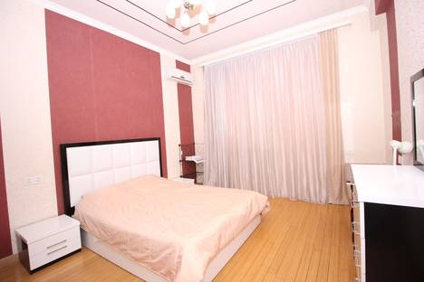 Сдается 2-комнатная квартира посуточно, Yerevan, Argishti Street 7/6.
