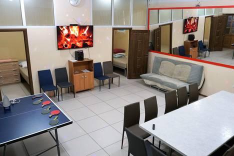 Сдается 2-комнатная квартира посуточно в Астрахани, улица Свердлова, 53.