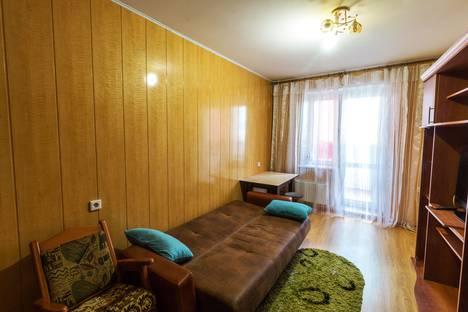 Сдается 1-комнатная квартира посуточно в Омске, 2 Поселковая улица, 26.