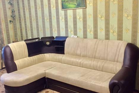 Сдается 1-комнатная квартира посуточно в Казани, Меридианная улица, 11.