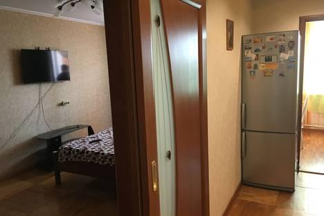 Сдается 1-комнатная квартира посуточно в Солнечногорске, улица Ленина, 7.