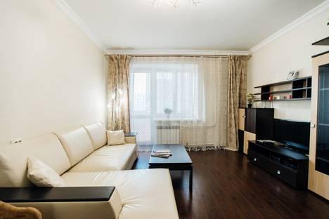 Сдается 1-комнатная квартира посуточно в Калуге, улица Тульская, 34/2.