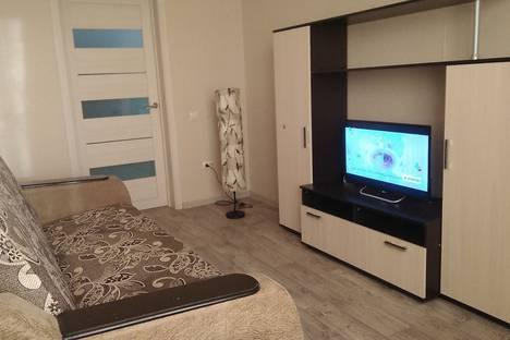 Сдается 2-комнатная квартира посуточно в Белгороде, улица Попова, 18.