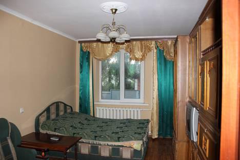Сдается 3-комнатная квартира посуточно в Воронеже, улица Марата, 24Б.