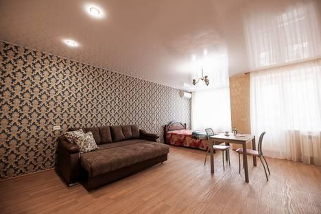 Сдается 1-комнатная квартира посуточно, улица Федерации, 87.