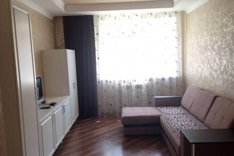 Сдается 1-комнатная квартира посуточно в Ессентуках, улица Орджоникидзе, 85.