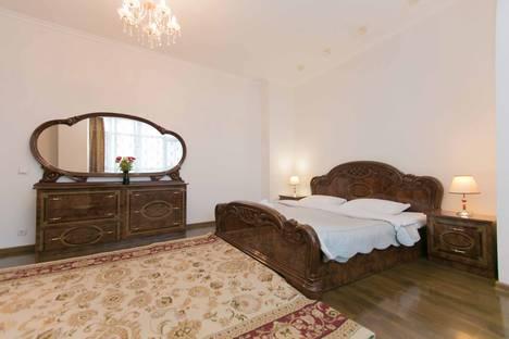 Сдается 2-комнатная квартира посуточно в Нур-Султане (Астане), Нур-Султан (Астана), улица Сарайшык, 34.
