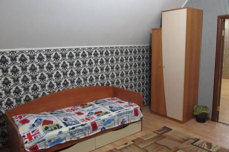 Сдается комната посуточно в Лянторе, улица Эстонских дорожников, 11.