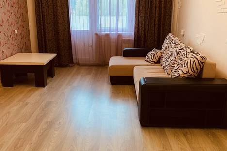 Сдается 2-комнатная квартира посуточно в Ярославле, проспект Фрунзе дядьковская 50 корпус 2.