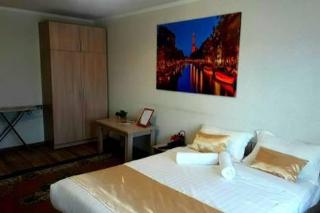 Сдается 1-комнатная квартира посуточно, ул.Жансугурова 116.