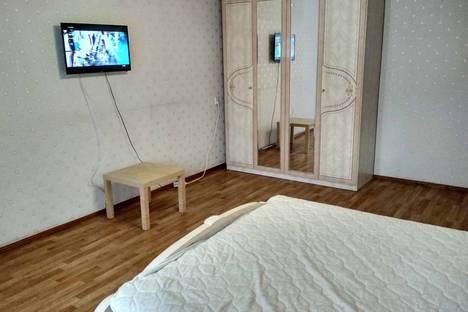 Сдается 3-комнатная квартира посуточно в Чебоксарах, Московский проспект, 20.