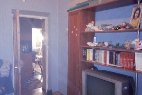 Сдается 3-комнатная квартира посуточно в Кировске, Кирова 4.