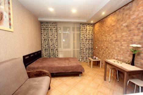 Сдается 1-комнатная квартира посуточно в Екатеринбурге, улица Крестинского 35.