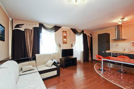 Сдается 2-комнатная квартира посуточно в Сургуте, проспект Пролетарский, 11.