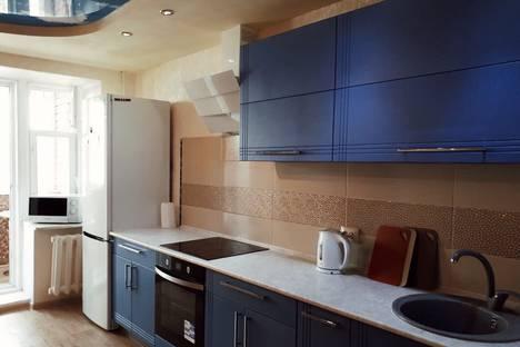 Сдается 2-комнатная квартира посуточно в Перми, улица Качалова, 10.