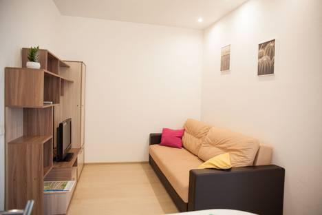 Сдается 2-комнатная квартира посуточно в Петрозаводске, улица Чапаева, 40А.