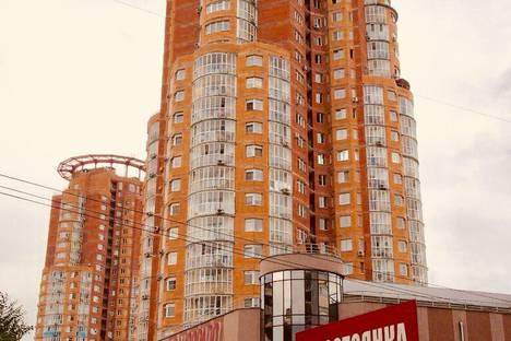 Сдается 2-комнатная квартира посуточно, улица Волочаевская, 87.