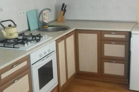 Сдается 2-комнатная квартира посуточно в Судаке, Истрашкина 15.