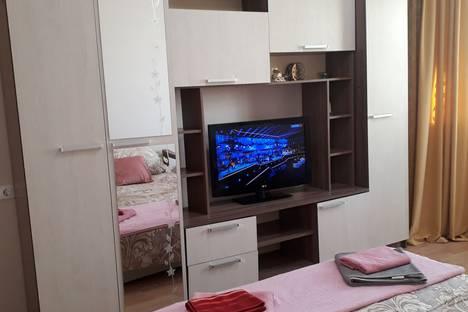 Сдается 2-комнатная квартира посуточно в Люберцах, Комсомольский проспект, 8.
