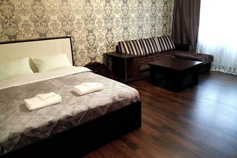 Сдается 1-комнатная квартира посуточно в Ярославле, улица Добрынина, 25.
