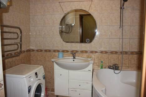 Сдается 2-комнатная квартира посуточно в Ростове-на-Дону, улица Серафимовича, 11/28а.