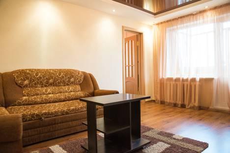 Сдается 2-комнатная квартира посуточно в Ухте, улица 30 лет Октября, 6.