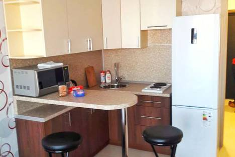 Сдается 1-комнатная квартира посуточно в Саранске, улица Тани Бибиной, 3.