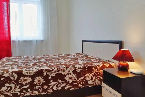 Сдается 1-комнатная квартира посуточно в Саранске, улица Короленко, 12.
