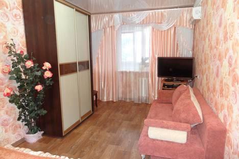 Сдается 2-комнатная квартира посуточно в Севастополе, проспект Генерала Острякова, 33.