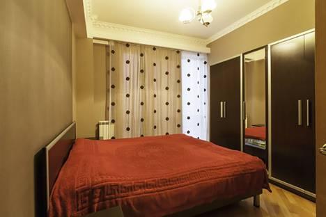 Сдается 4-комнатная квартира посуточно в Тбилиси, Tbilisi, Andria Apakidze st 11.
