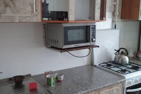 Сдается 2-комнатная квартира посуточно в Калинковичах, улица Комсомольская8.