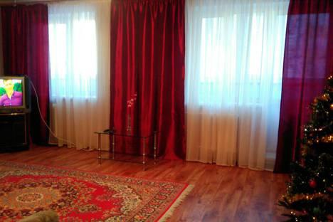Сдается 2-комнатная квартира посуточно в Тюмени, улица Газовиков, 25к3.