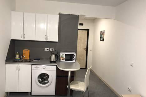 Сдается 1-комнатная квартира посуточно в Биробиджане, улица Миллера, 5В.