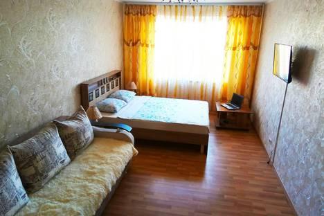 Сдается 3-комнатная квартира посуточно в Магнитогорске, проспект Ленина, 128.