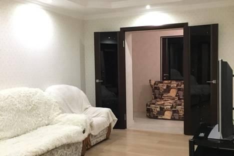 Сдается 2-комнатная квартира посуточно во Владикавказе, Владикавказская улица, 35.