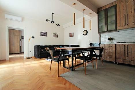 Сдается 3-комнатная квартира посуточно, T'bilisi, Ioseb Grishashvili Street, 49.