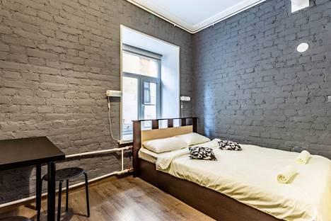 Сдается комната посуточно в Санкт-Петербурге, Загородный проспект, 21.
