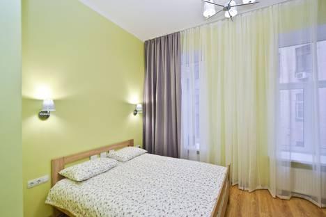 Сдается 1-комнатная квартира посуточно в Санкт-Петербурге, набережная канала Грибоедова, 35.