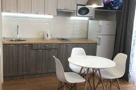 Сдается 1-комнатная квартира посуточно в Магнитогорске, Вознесенская улица, 11.