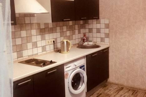 Сдается 1-комнатная квартира посуточно в Аксае, улица Мира, 1А.